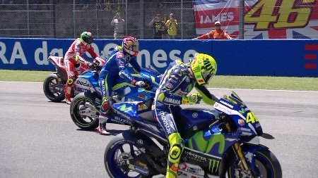 2016-ita-motogp-race.big.jpg